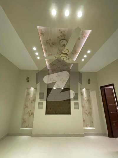 10 Marla Used House Like Brand New For Sale In Bahria Town Lahore