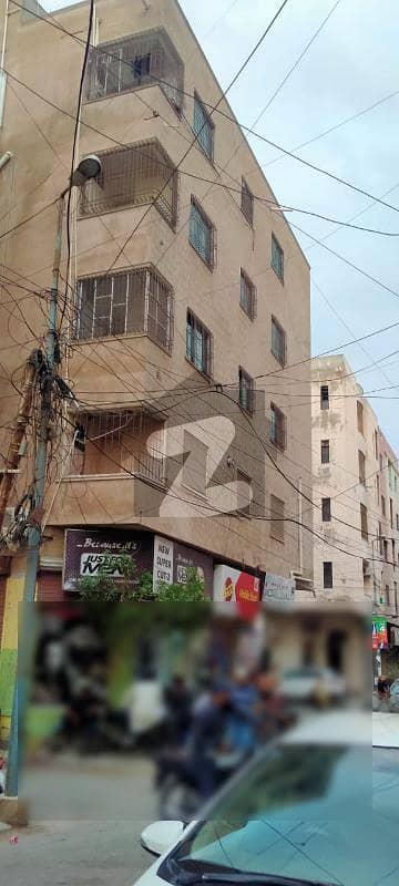 سحر کمرشل ایریا ڈی ایچ اے فیز 7 ڈی ایچ اے کراچی میں 3 کمروں کا 5 مرلہ فلیٹ 95 لاکھ میں برائے فروخت۔