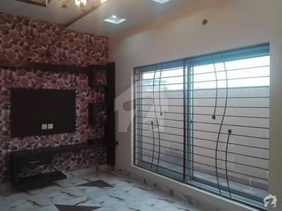 پاک عرب ہاؤسنگ سوسائٹی لاہور میں 2 کمروں کا 5 مرلہ بالائی پورشن 27 ہزار میں کرایہ پر دستیاب ہے۔