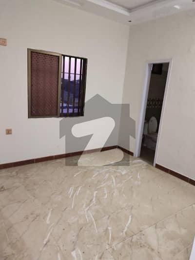 منظور کالونی کراچی میں 3 کمروں کا 4 مرلہ فلیٹ 57 لاکھ میں برائے فروخت۔