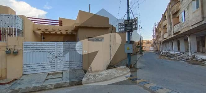 200 Sq Yd Single Storey House With Extra Land In Gohar Green City