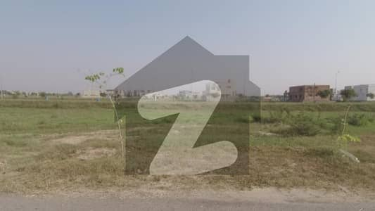 1 Kanal Pair Plot For Sale In DHA Phase 8