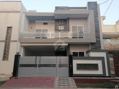 رزاق ولاز ہاؤسنگ سکیم ساہیوال میں 5 کمروں کا 7 مرلہ مکان 1.4 کروڑ میں برائے فروخت۔