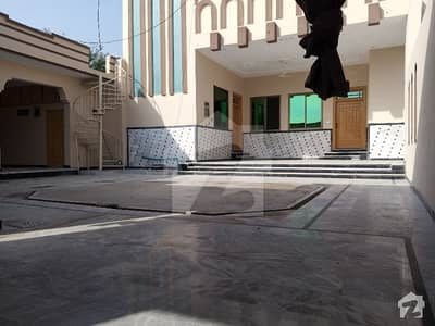 24 Marla House And Hujra For Rent