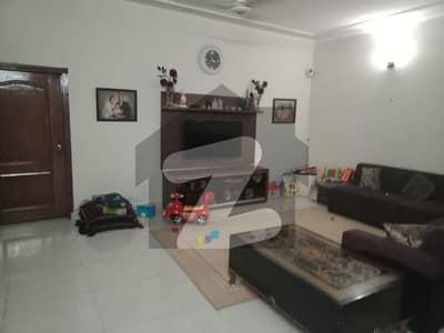 Askari 10 Sector-c , 10 Marla House For Rent