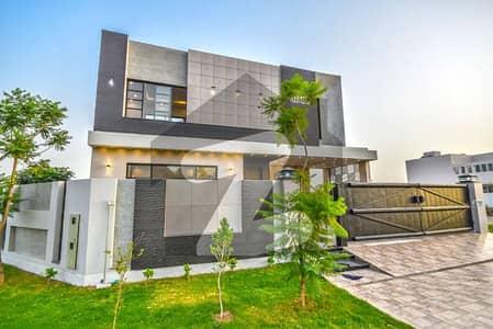 ڈی ایچ اے فیز 6 - بلاک سی فیز 6 ڈیفنس (ڈی ایچ اے) لاہور میں 6 کمروں کا 1 کنال مکان 2.5 لاکھ میں کرایہ پر دستیاب ہے۔