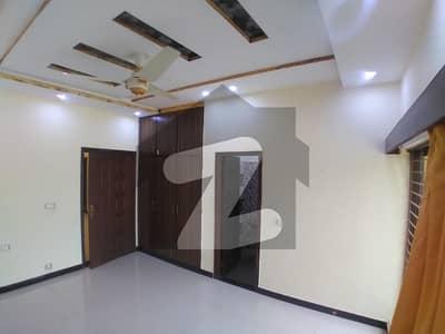 بحریہ ٹاؤن ۔ بلاک بی بی بحریہ ٹاؤن سیکٹرڈی بحریہ ٹاؤن لاہور میں 3 کمروں کا 5 مرلہ مکان 55 ہزار میں کرایہ پر دستیاب ہے۔