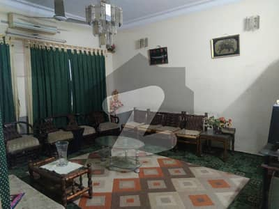 140 Sq Yards Old Construction House For Sale