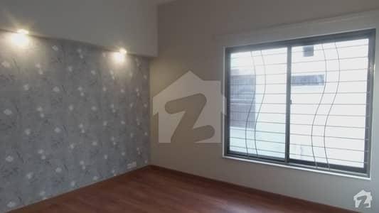 پراگون سٹی - آرچرڈ ١ بلاک پیراگون سٹی لاہور میں 4 کمروں کا 10 مرلہ مکان 2.85 کروڑ میں برائے فروخت۔