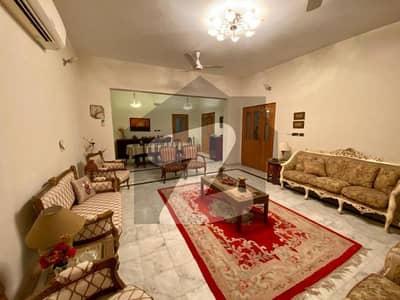 پھول گرا اسلام آباد میں 5 کمروں کا 1.05 کنال مکان 2.2 کروڑ میں برائے فروخت۔