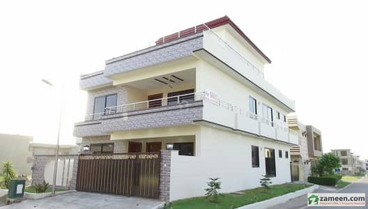 Corner Double Storey House Available For Sale