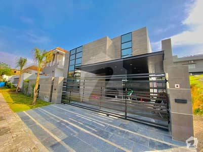 Luxurious 1 Kanal Brand New Designer House For Sale Dha Phase 2