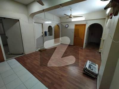 پاکستان چوک کراچی میں 2 کمروں کا 5 مرلہ فلیٹ 62 لاکھ میں برائے فروخت۔