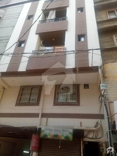 طارق روڈ کراچی میں 2 کمروں کا 4 مرلہ فلیٹ 86 لاکھ میں برائے فروخت۔