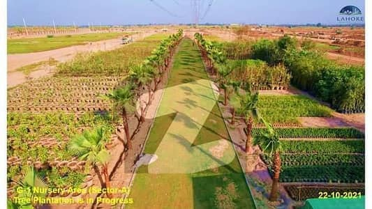 10marla plots available for sale in Lahore smart city on easy instalments