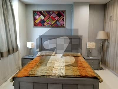1 BED FULLY FURNISHED AND FULL LUXURY IDEAL LOCATION FLAT FOR RENT IN SECTER E BAHRIA TOWN LAHORE