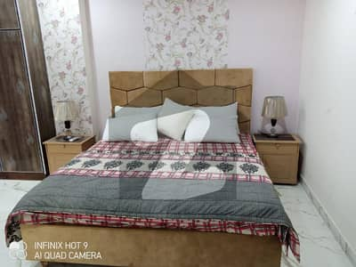 1 BED FULL LUXURY FULL FURNISHED FLAT FOR RENT IN SECTER D BAHRIA TOWN LAHORE