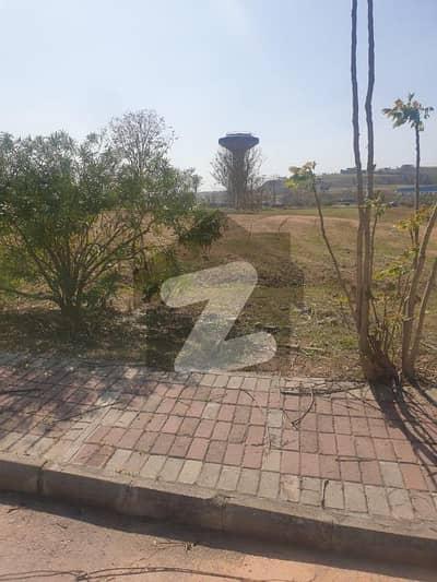 ڈی ایچ اے فیز 3 ۔ بلاک اے ڈی ایچ اے ڈیفینس فیز 3 ڈی ایچ اے ڈیفینس اسلام آباد میں 1 کنال رہائشی پلاٹ 2.23 کروڑ میں برائے فروخت۔