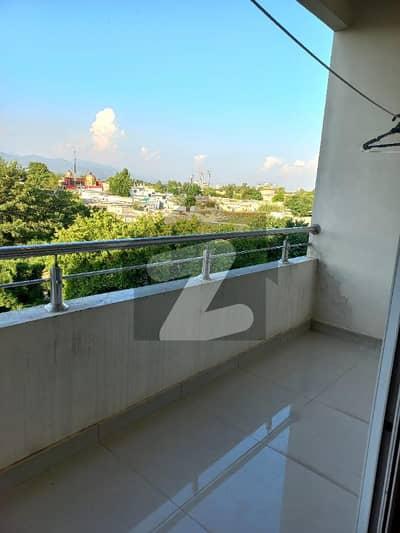 ایگزیکٹو ہائٹس ایف ۔ 11 اسلام آباد میں 3 کمروں کا 10 مرلہ فلیٹ 1.2 لاکھ میں کرایہ پر دستیاب ہے۔