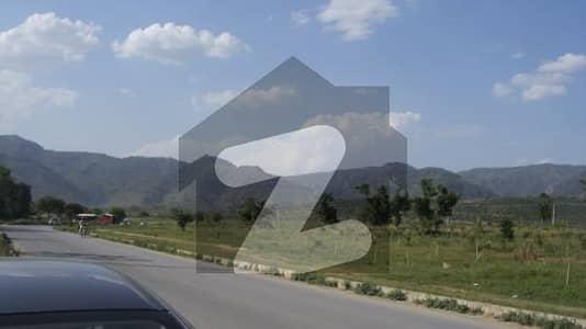 ایف ۔ 11 اسلام آباد میں 9 مرلہ رہائشی پلاٹ 3.7 کروڑ میں برائے فروخت۔