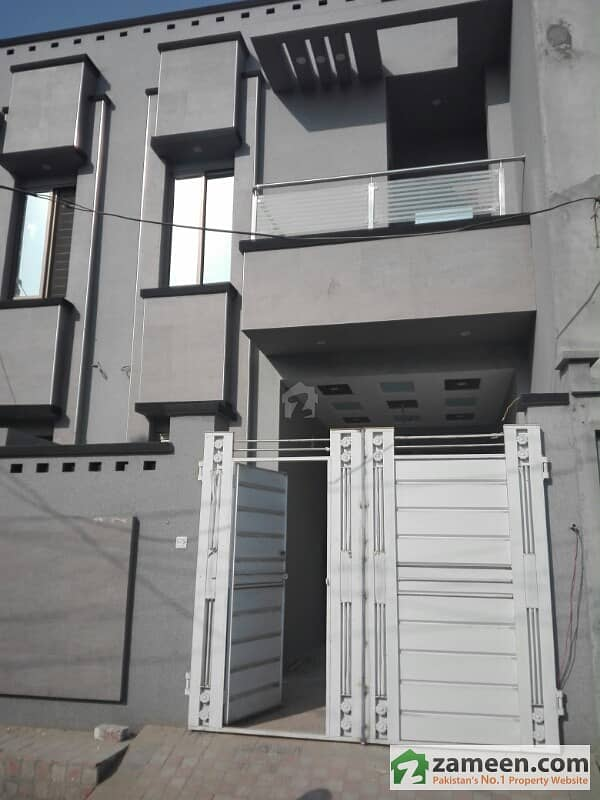 3. 6 Marla Luxury Double Storey House For Rent At Good Location In Amir Town Lahore