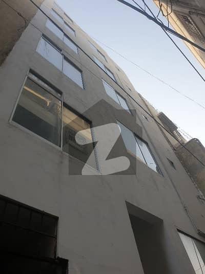 ڈی ایچ اے فیز 2 ایکسٹینشن ڈی ایچ اے ڈیفینس کراچی میں 2 کمروں کا 4 مرلہ فلیٹ 38 ہزار میں کرایہ پر دستیاب ہے۔