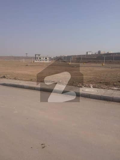 بحریہ ٹاؤن فیز 8 ۔ بلاک آئی بحریہ ٹاؤن فیز 8 بحریہ ٹاؤن راولپنڈی راولپنڈی میں 10 مرلہ رہائشی پلاٹ 1.15 کروڑ میں برائے فروخت۔