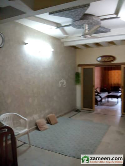 Portion For  Sale 1st Floor 140 Sq Yd Fb Area Block 15