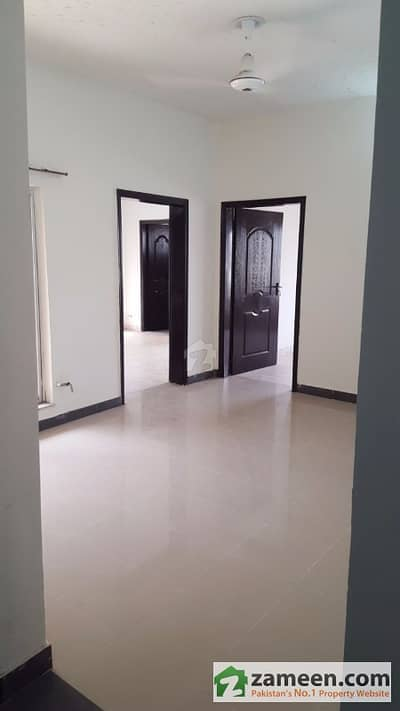 Asif Associates Offer Askari 11  Flat For Rent First Floor Gas Connection Available