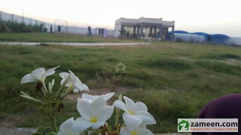 Farm Houses PLOTS LAND on installments for Sale near DHA BAHRIA KARACHI