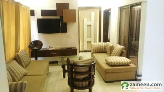 ڈی ایچ اے فیز 8 ڈیفنس (ڈی ایچ اے) لاہور میں 3 کمروں کا 10 مرلہ بالائی پورشن 60 ہزار میں کرایہ پر دستیاب ہے۔