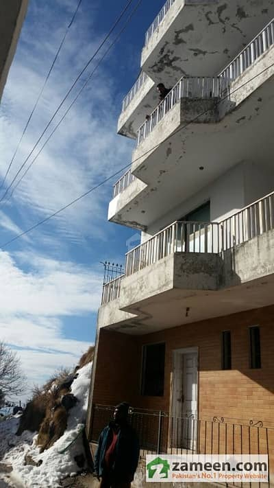 11 Marla Prime Location Guest House For Sale