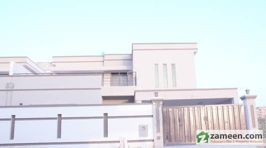 Falcon Complex New Malir 350 Sq Yards Bungalow For Rent