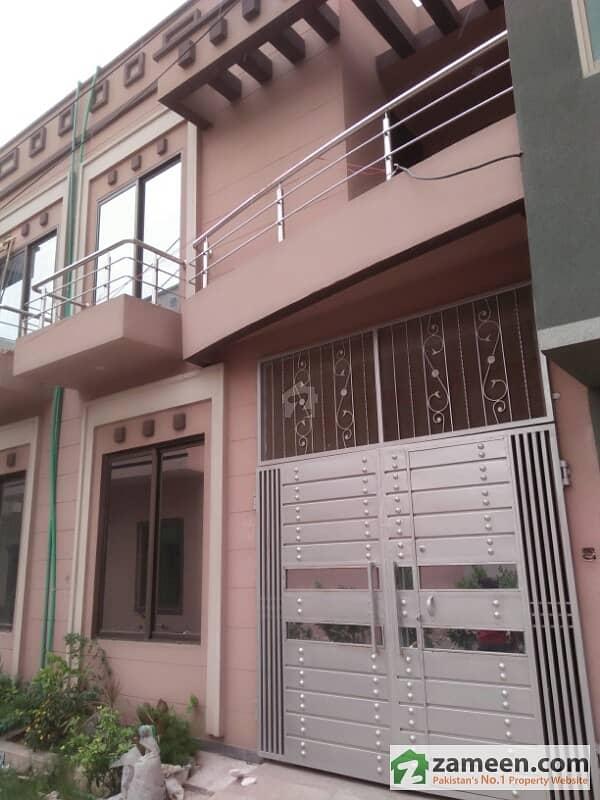 نشتر کالونی لاہور میں 3 کمروں کا 3 مرلہ مکان 55 لاکھ میں برائے فروخت۔