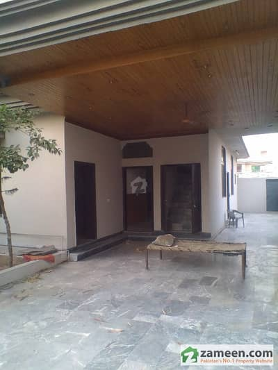 Hotlink Offer Kanal Old Luxury House For Sale Khayaban-E-Jinnah Road