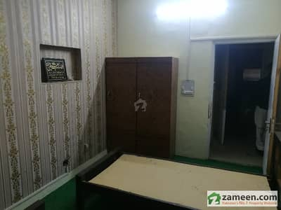 G-9/4 - Three Seater Furnished Room With Attached Bathroom In Good Condition