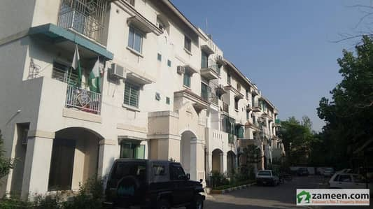 3 Beds Flat For Sale In G-7 PHA