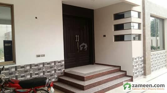 New Garden Block 15 Marla Ideal Location New House For Sale In Rs 2. 70 Crore