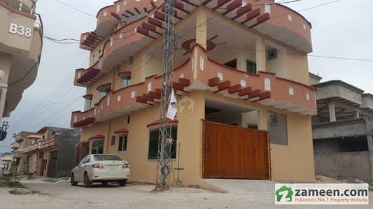Brand New Corner House 25x50