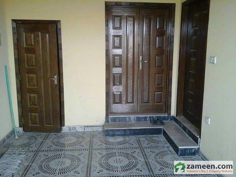 Mian Farooq Estate Offers - 5 Marla Brand New Double Storey House For Sale In Royal Garden