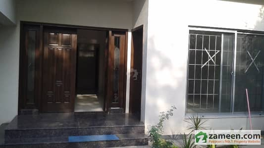 10 Marla House Interdependent Option Having 4 Bed Attached Bath Dha Phase 4 Dha Defence Lahore