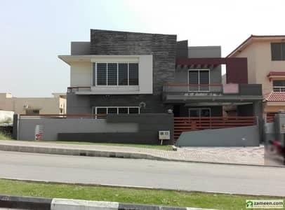 بحریہ ٹاؤن فیز 3 بحریہ ٹاؤن راولپنڈی راولپنڈی میں 6 کمروں کا 1 کنال مکان 4.5 کروڑ میں برائے فروخت۔
