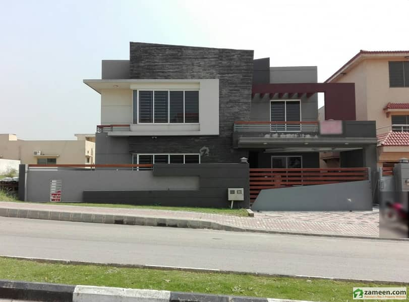 House Is Available For Sale In Bahria Town Phase 3