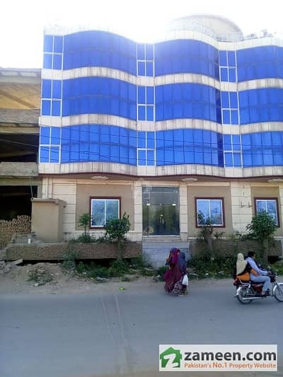 Commercial Property & Land Rentals for Sale in Shakrial