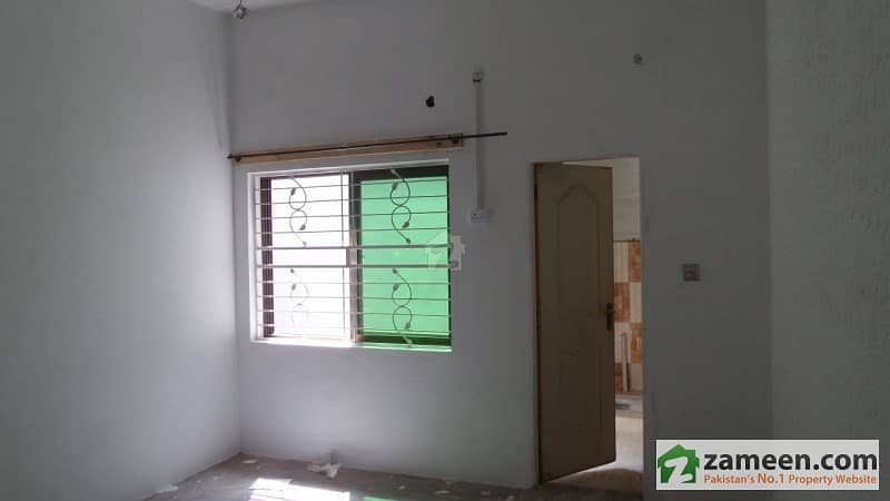 Single Storey Commercial House Is Available For Sale
