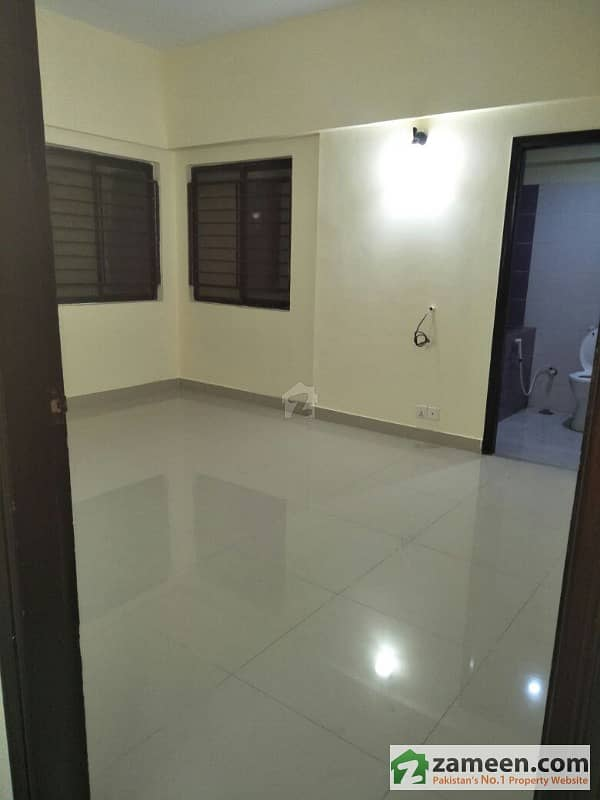 3 Bed Room Apartment For Sale