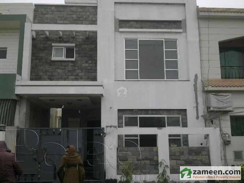 5 Marla Double Story Like New House