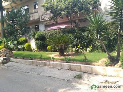 Beautiful Duplex House For Rent