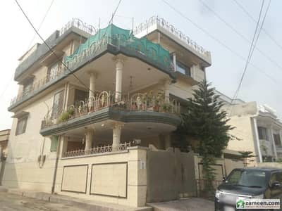 Beautiful   House Available For Sale