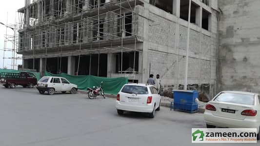 Shop In Idol Location Of Expressway In Front Of Pwd Islamabad Available For Sale